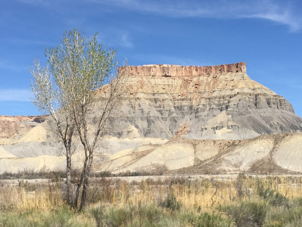 Scenery on the way to Capitol Reef NP